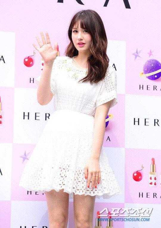 Jeon Somi JYP'den ayrıldı