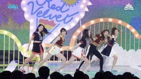 [PANN] Yeri Red Velvet koreografisine ayak uyduramıyor?