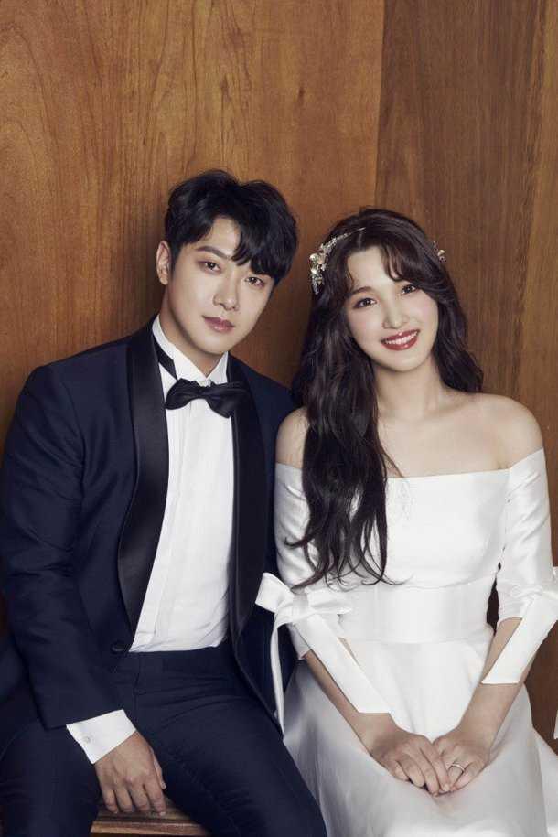 Choi Minhwan ve Yulhee'nin evlilik fotoğrafları yayınlandı
