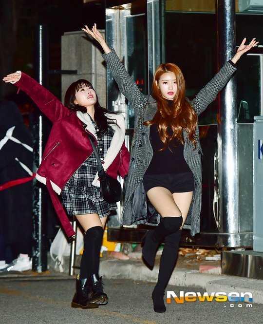 Lovelyz Mijoo 'Music Bank' yolunda poz verdi