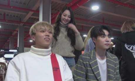 [PANN] V yayını bekleme bölümüne kamera yerleştirerek idollerin ilişkilerini açığa çıkardı