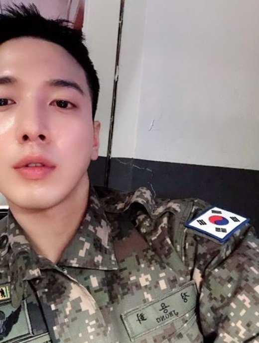 Jung Yonghwa askerden yeni yıl mesajı paylaştı