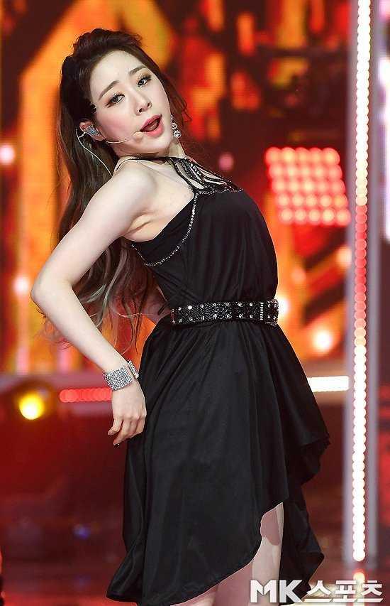 Cosmic Girls Yeonjung 'Show Champion'da parladı
