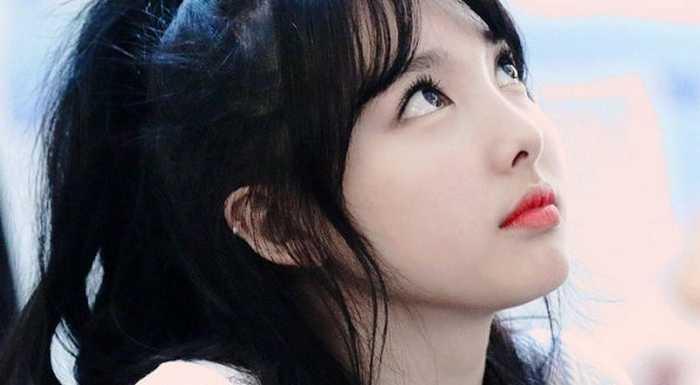 [INSTIZ] Yan profilden görüntülenmeyi sevmeyen Twice Nayeon