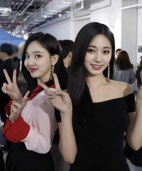 [PANN] Netizenler Twice'ın editlenmemiş fotoğraflarını paylaştı