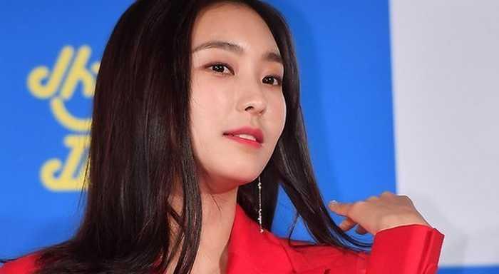 Bora, yeni filmi 'Sunkiss Family'nin prodüksiyon konferansına katıldı