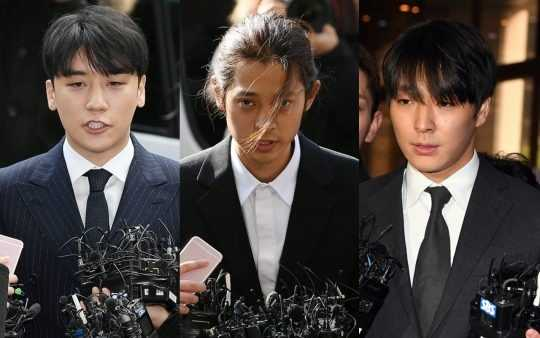 """Choi Jonghoon, ifadesinde Seungri'nin onlara """"telefonlarınızı değiştirin"""" dediğini açıkladı"""