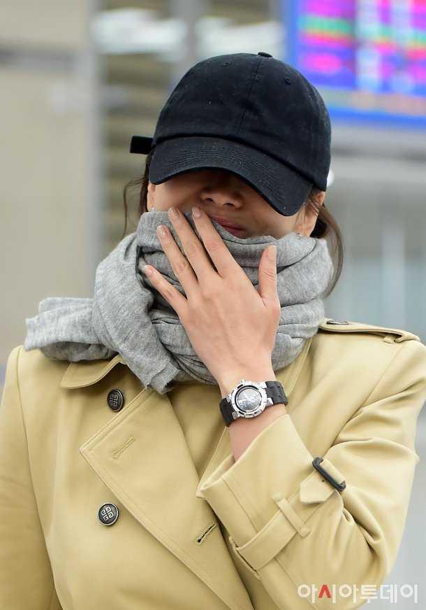 Song Hye Gyo'nun evlilik yüzüğü nerede?