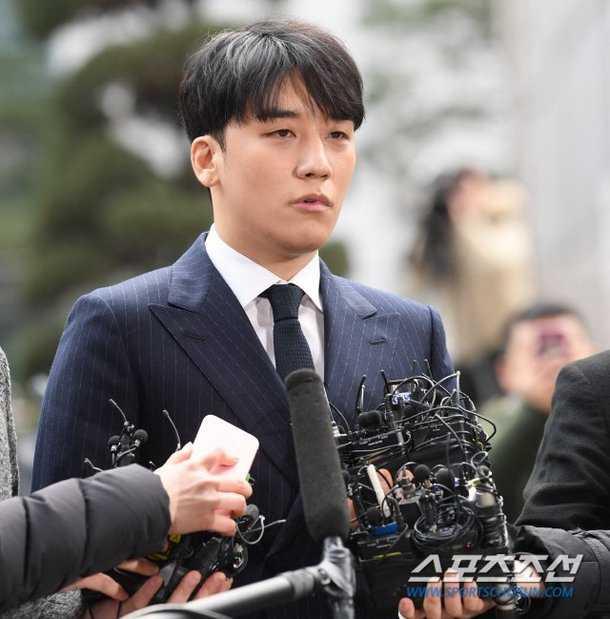 Park Han Byul'un eşi, Seungri'nin YG'nin kredi kartını kullanarak fahişe tuttuğunu söyledi, YG yalanladı