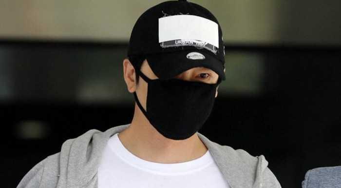 Kang Ji Hwan tüm suçlamaları kabul edip mağdurlardan özür diledi
