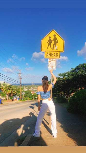 [THEQOO] Black Pink üyeleri Hawai'de çekilmiş fotoğraflarını yükledi