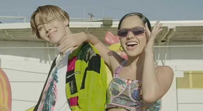 [PANN] BTS J-Hope ve Becky G'nin 'Chicken Noodle Soup' düeti