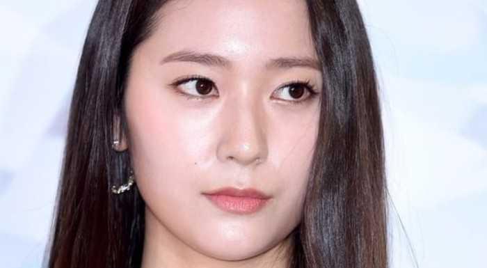 Krystal, Instagram'da Sulli hakkında gönderi atmaması sebebiyle nefret aldı