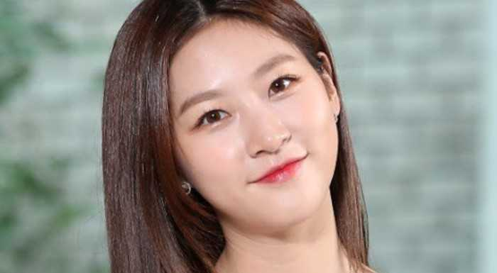 Kim Sae Ron 3 yıl sonra YG'den ayrıldı