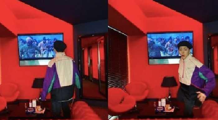 Zico 'Kingdom 2' izlerken fotoğraflar çekildi