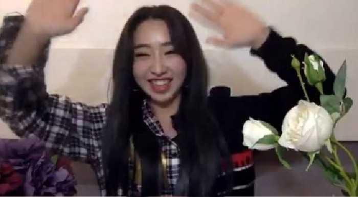 Gong Minzy canlı yayınında yaşadığı zorluklardan bahsetti