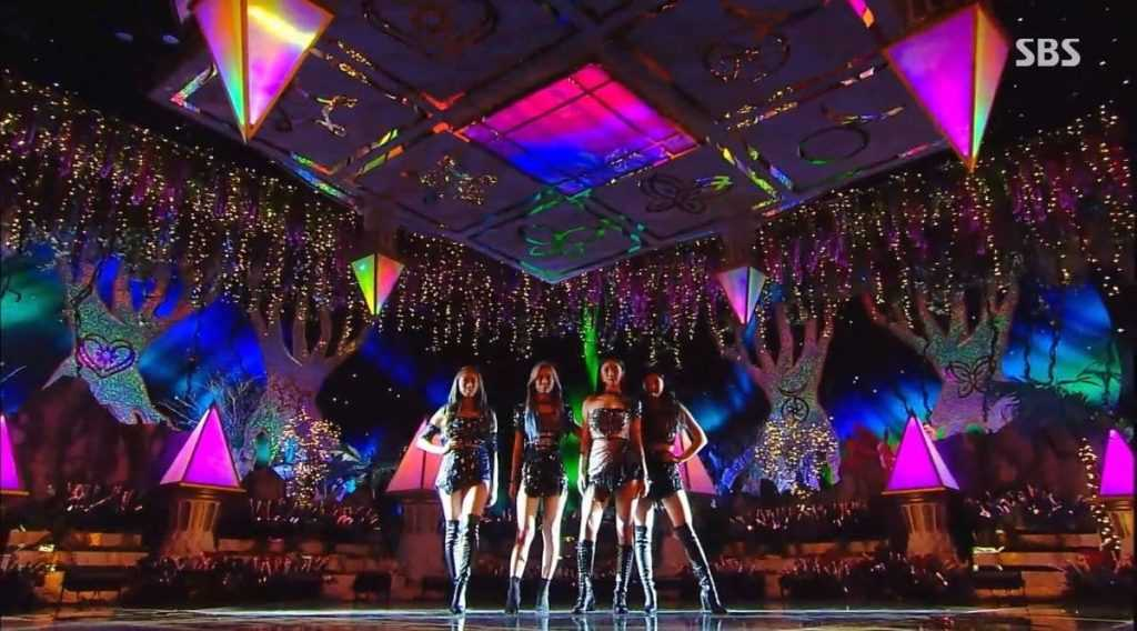 sm seems to have spent a lot of money on aespas stage on inkigayo 1