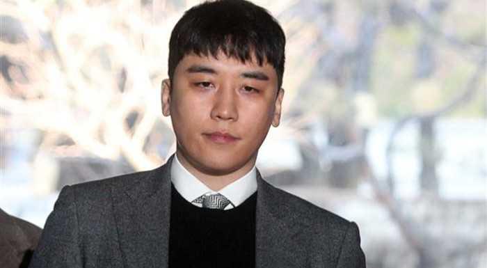 Kadınlar askeri mahkemede Seungri'nin evinden pazarlandıklarına dair tanıklık etti