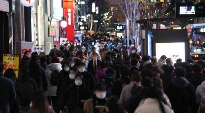 Güney Kore'de 9 ay sonra vaka sayıları 600'lere çıktı