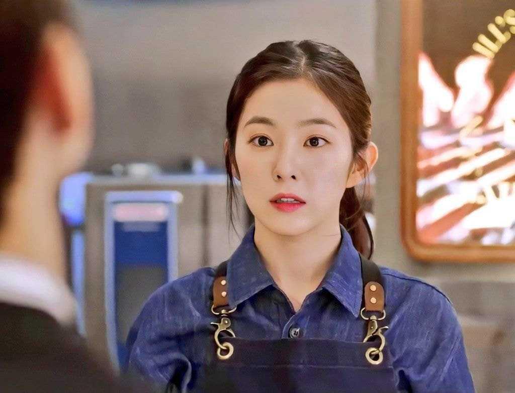 [THEQOO]Irene'in 'Double Patty' filmindeki görselleri