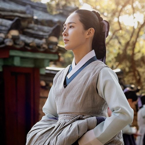 snsds yuri looked more suitable for a historical drama than expected 1