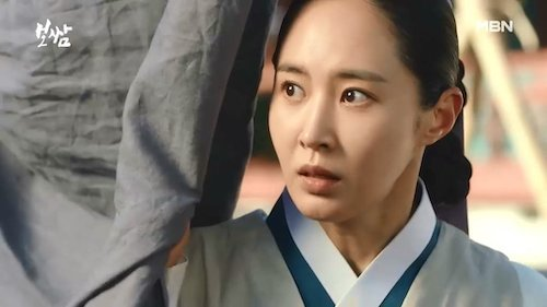snsds yuri looked more suitable for a historical drama than expected 7