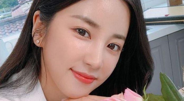 Mağdurun A Pink Chorong ile yaptığı telefon görüşmesi yayınlandı, Play M görüşmenin editlenmiş olduğunu söyledi