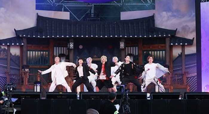 bts fan meeting with 1.33 million armys completed successfully