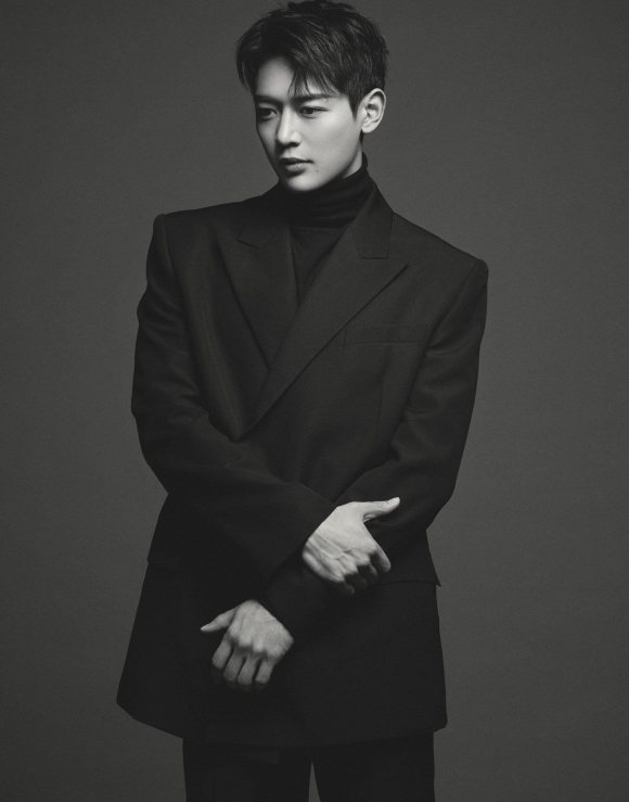 shinee minhos new profile pictures released 2